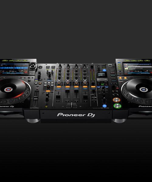 location régie DJ Pioneer chez 2n8 : CDJ2000 Nexus2 et DJM900 NXS2